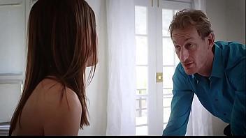 ¿Hija, quieres ser una puta? Yo te voy a convertir en una gran zorra