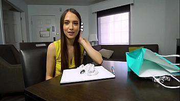 Estudiante latina echa un polvazo con su profesor de inglés