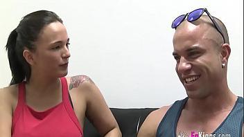 Española famosa de televisión folla para convertirse en estrella del porno
