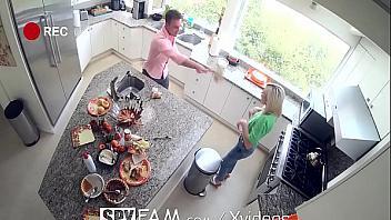 Kiara Cole folla con su hermano tras Acción de Gracias