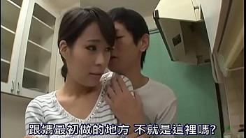 Esposa follada por su cuñado a espaldas de su marido