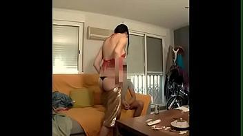 Española muy puta empieza en el porno con una cámara oculta