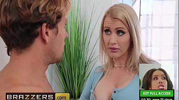 Katie Monroe folla muy duro con el novio de su hija