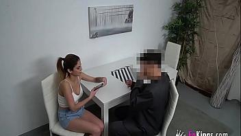 La tetona con piercings Alice Fernandez quiere ser actriz porno