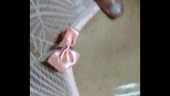 Mi novio se hace unas rallas en mi coño, que morbazo!