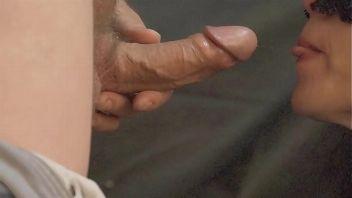 Lluvia dorada a su marido antes de tirar un polvo video casero
