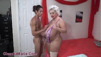 MILF gordita Claudia Marie se deja follar el grande culo